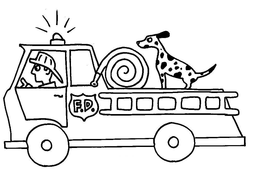 Пожарная машина, пожарный в каске, собака на машине Раскраски для детей мальчиков