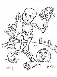 Скелет танцует на поле Раскраски для мальчиков