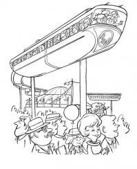 Поезд с рельсами на верху Распечатать раскраски для мальчиков